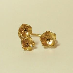 お花の指輪〈瑠璃唐草〉